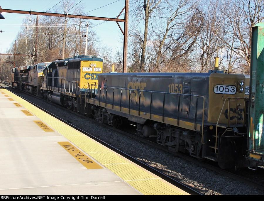 CSX 1053, 2413 on Q438